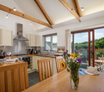 Luxury cottage Falmouth, 2 beds, 2 bath, gym, hot tub, heated pool, dogs allowed - Falmouth