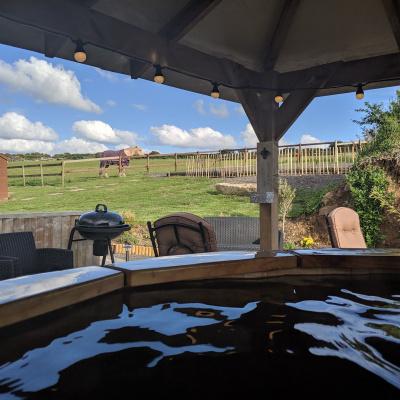 From hot tub towards caravan
