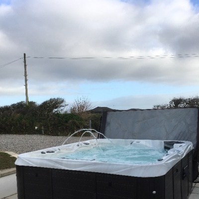 The super-sized hot tub