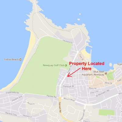 Property Location ideal for beach and town access
