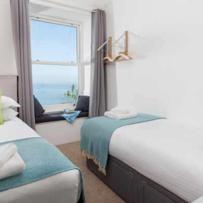 Twin room with Sea and Harbour view