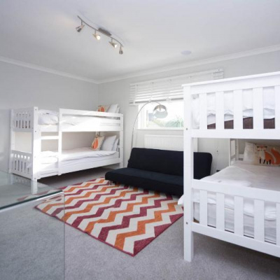 Double bunk room with sofa bed