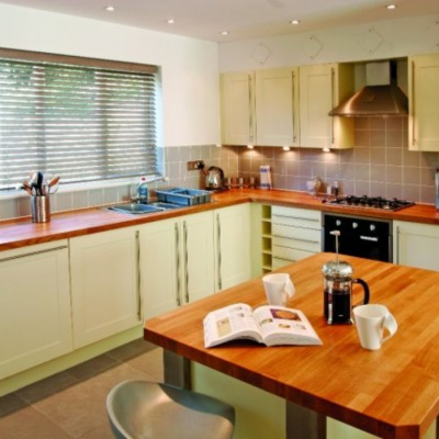 Haven Hot Tub - Holiday Cottage in Falmouth | Select Cornwall