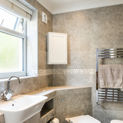 En-suite with luxury shower