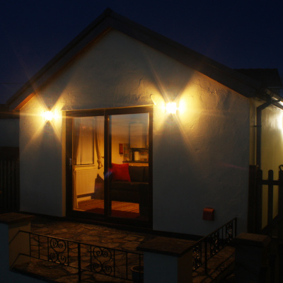 Annexe at night