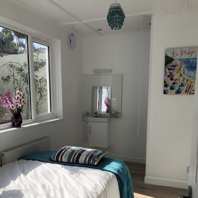 Turquoise - En suite with garden views